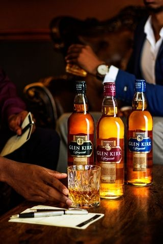 beverage photography simon says glen kirk whiskey photographer commercial campaign professional hlb port elizabeth